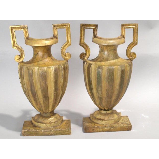 Early 18th Century Pair of 18th Century Half-Urn Carved Wood Decorations For Sale - Image 5 of 5