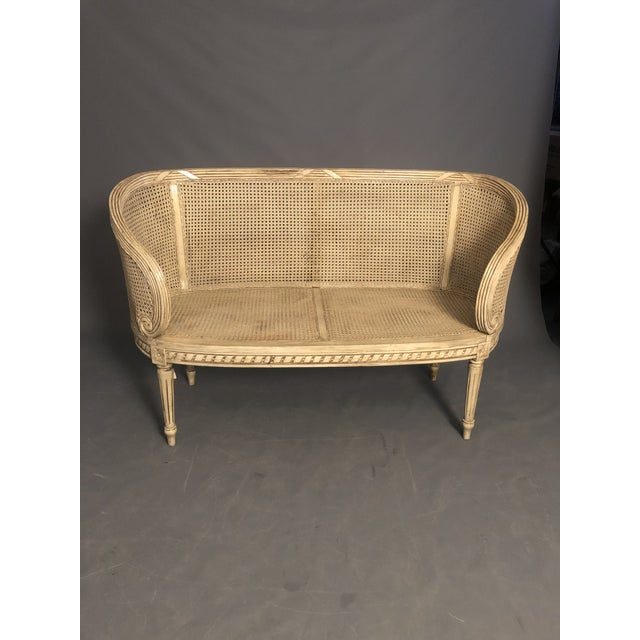 Wood 1950s Vintage Traditional French Provincial Settee For Sale - Image 7 of 12