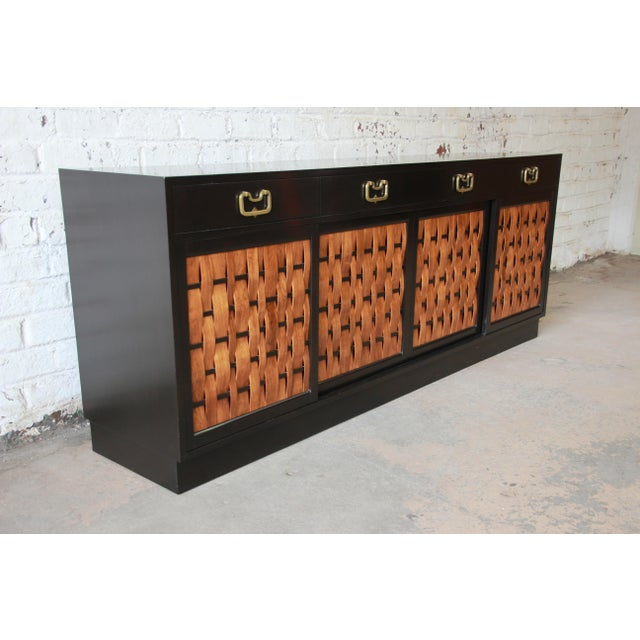 Dunbar Furniture Edward Wormley for Dunbar Woven Front Sideboard Credenza For Sale - Image 4 of 13