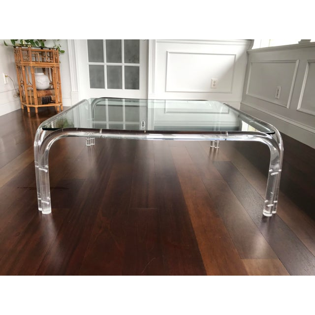 Vintage Mid Century Modern Lucite and Glass Dorothy Thorpe Style Square Coffee Table For Sale - Image 11 of 12