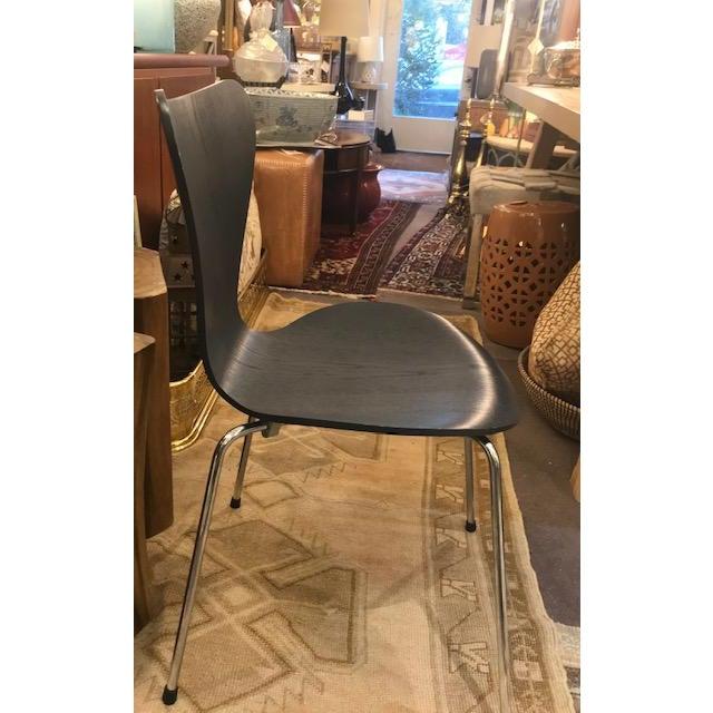 Arne Jacobsen Arne Jacobsen Knoll Studio Fritz Hansen Series 7 Side Chairs- A Pair For Sale - Image 4 of 8