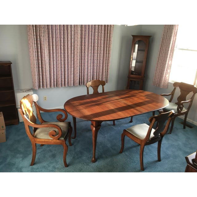 Pennsylvania House Dining Room Table With 4 Chairs - Image 2 of 8