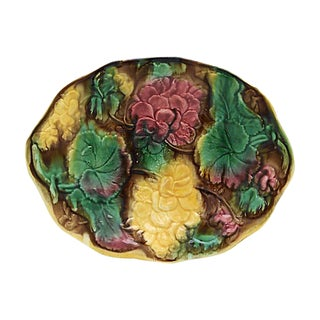 Antique Majolica Geranium Serving Dish For Sale