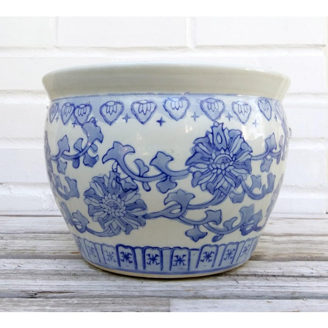 Mid 20th Century Medium Blue & White Pot For Sale - Image 5 of 5