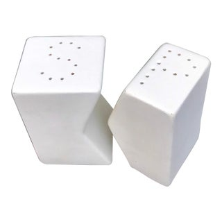 Vintage Minimalist Matte White Ceramic Salt and Pepper Shakers - a Pair For Sale