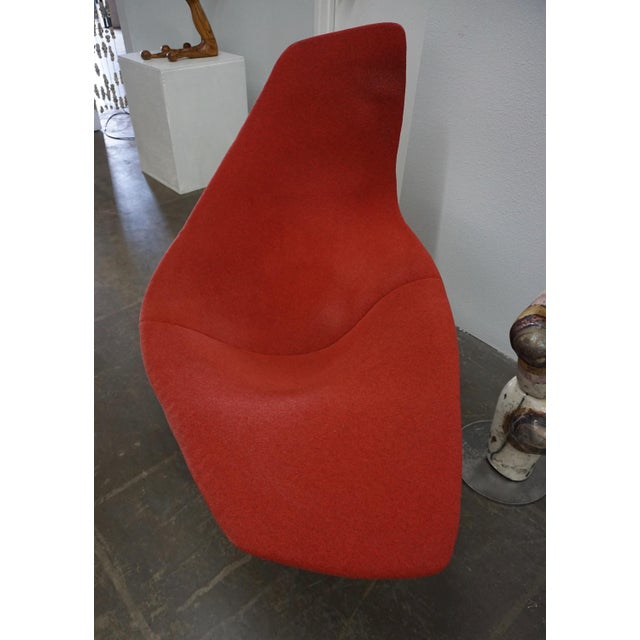 Contemporary Bertoia Assymetric Red Upholstered Lounge Chair for Knoll For Sale - Image 3 of 8