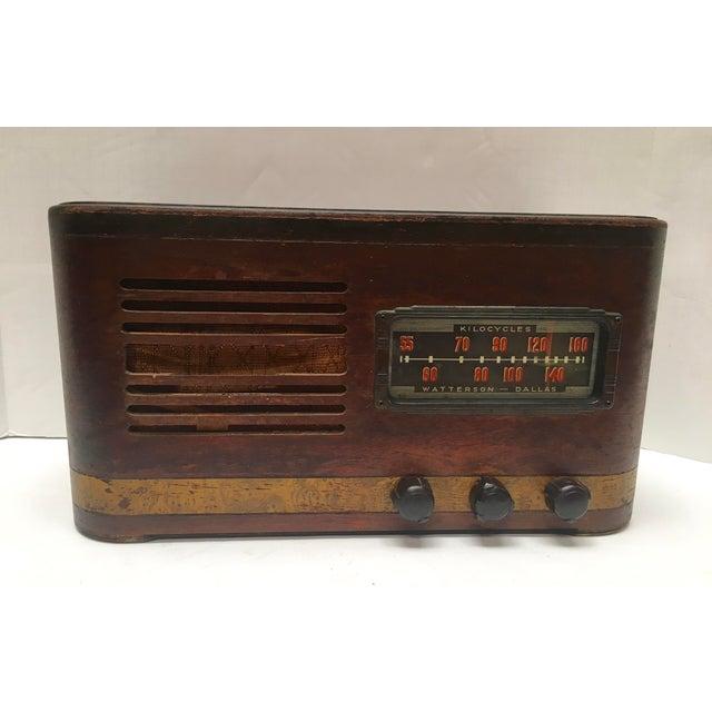 Mid-Century Modern 1940s Vintage Watterson Mid-Century Wood Radio/Short Wave For Sale - Image 3 of 10