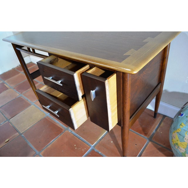 Mid-Century Modern Mid Century Modern Desk by Lane Acclaim For Sale - Image 3 of 12
