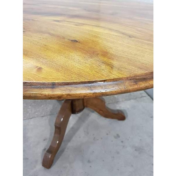 Antique French Walnut Round Tilt Top Occasional Side Breakfast Table For Sale In New York - Image 6 of 13
