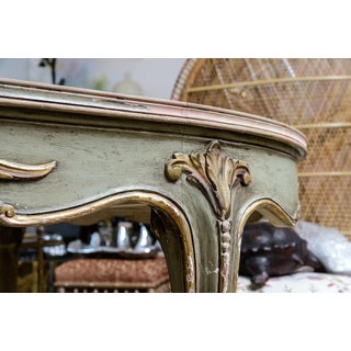 Italian Large Oval Painted Louis XV Style Table With Antiqued Mirrored Top Preview