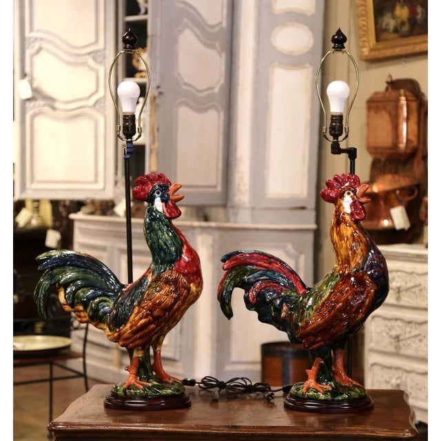 French Pair of French Barbotine Ceramic Roosters Converted Into Table Lamps For Sale - Image 3 of 13