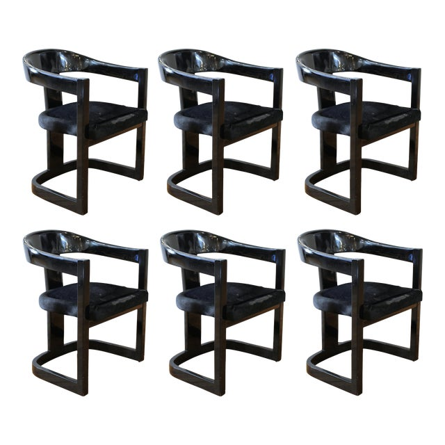 Karl Springer Modern 'Onassis' Black Lacquer Armchairs With Pony Hair Seats For Sale