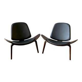 Vintage Mid Century Hans Wegner Style Shell Lounge Chairs- a Pair For Sale