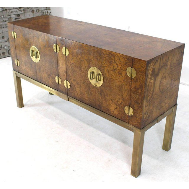 Burl Wood and Solid Brass Hardware Compact Double Doors Credenza For Sale In New York - Image 6 of 11