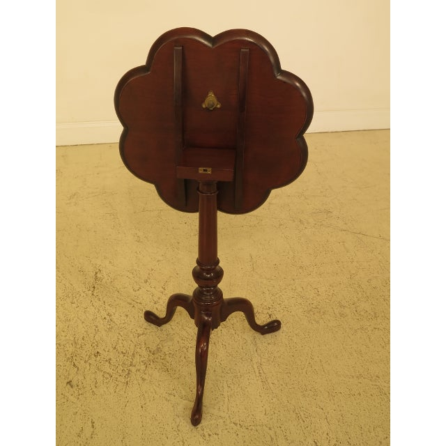 Mahogany Kittinger Clove Top Mahogany Tilt Top Table For Sale - Image 7 of 10