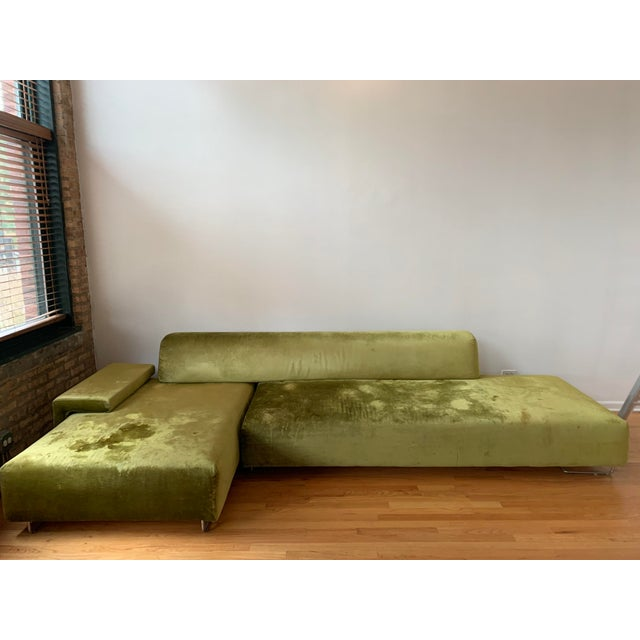 Fantastic oversized sectional great for a large living room. You won't find this sofa anywhere for this price. Feel free...