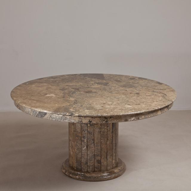 Italian A Large Italian Circular Marble Centre Table 1980s For Sale - Image 3 of 7