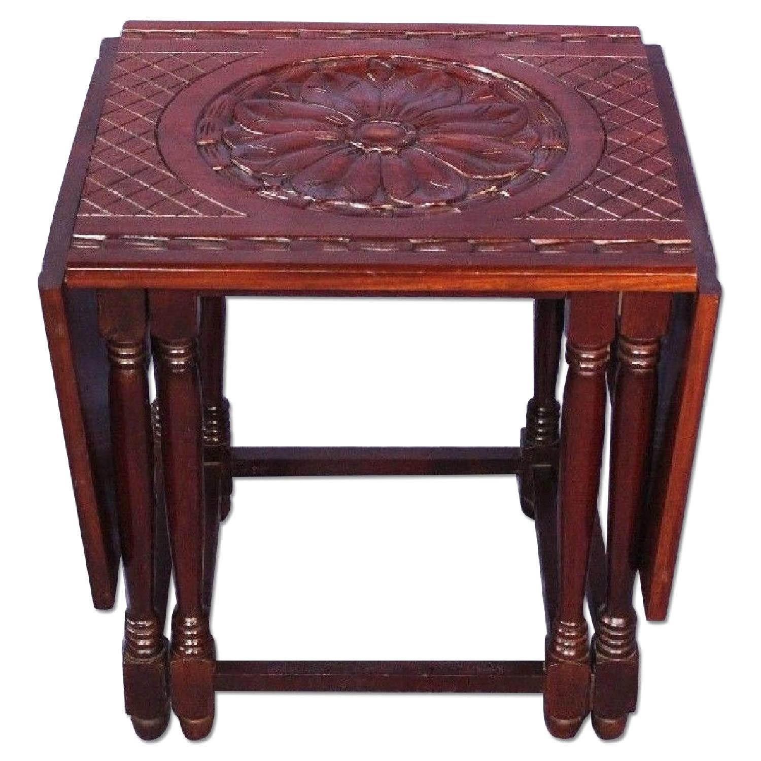 Traditional Hand Carved Mahogany Drop Leaf Gateleg Table For Sale   Image 3  Of 9