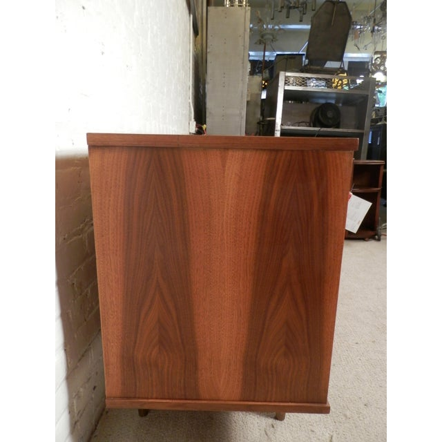 Mid-Century Modern American Credenza - Image 4 of 9