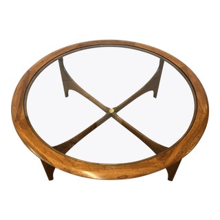 Mid Century Round Coffee Table by Lane For Sale