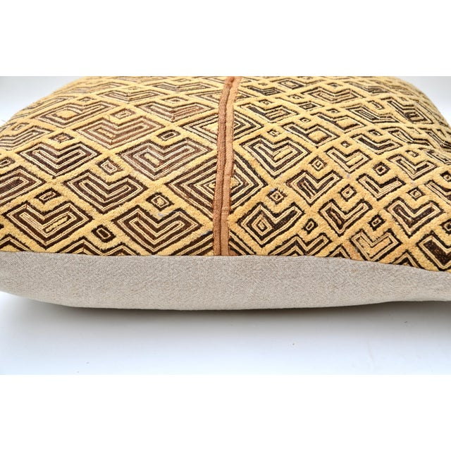 "African Kuba Raffia Cloth Pillow 24"" Square For Sale - Image 4 of 5"