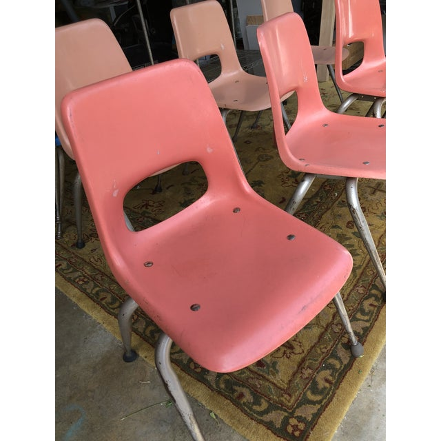 1960s Vintage Mid Century Fiberglass Chairs- Set of 7 For Sale - Image 5 of 10
