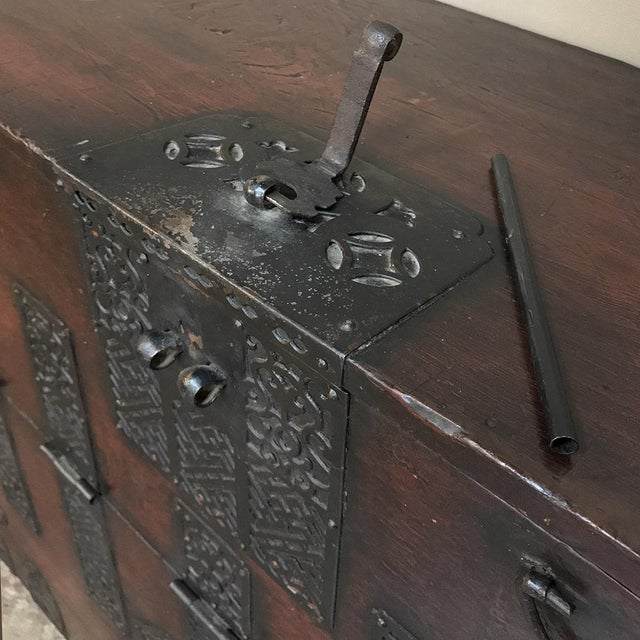 19th Century Chinese Cabinet ~ Trunk For Sale In Dallas - Image 6 of 13