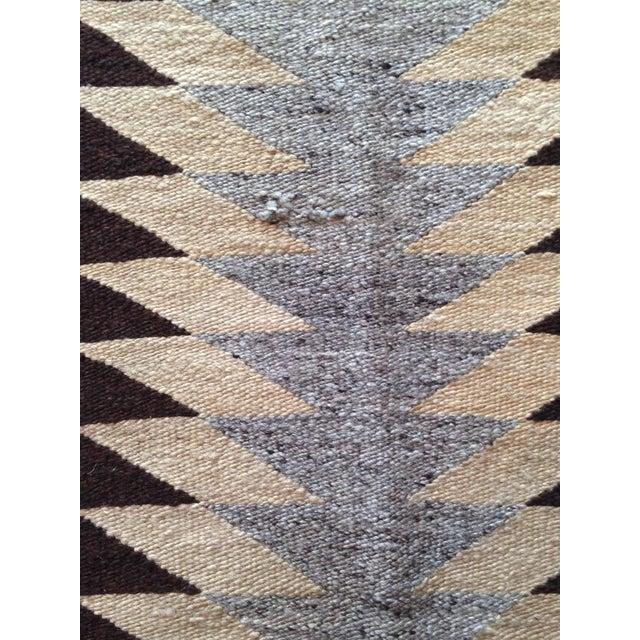 """Vintage Navajo Rug - 3'1"""" x 5'2"""" - Image 4 of 6"""