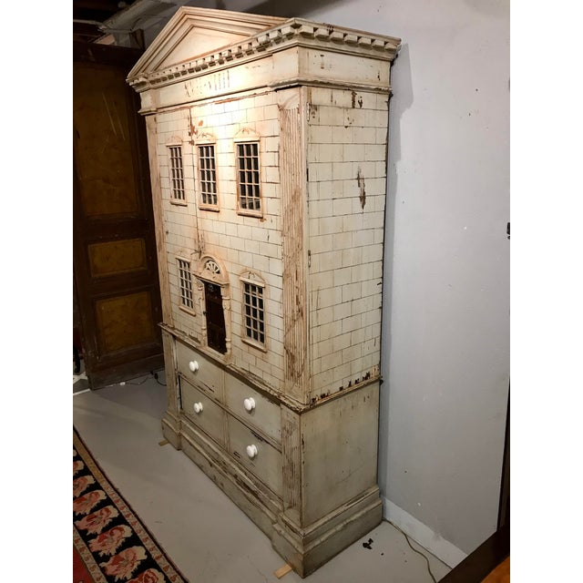 Traditional Large Georgian Style Armoire by j.r. Teale and Son For Sale - Image 3 of 6