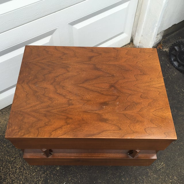 Mid-Century Modern Nightstands - A Pair - Image 5 of 10