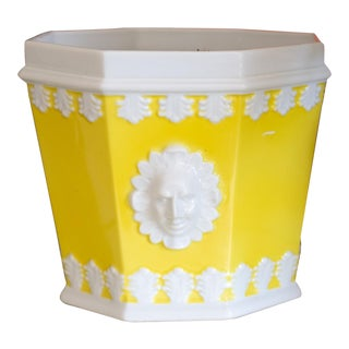 Vintage Mottahedeh Lemon and White Porcelain Planter For Sale