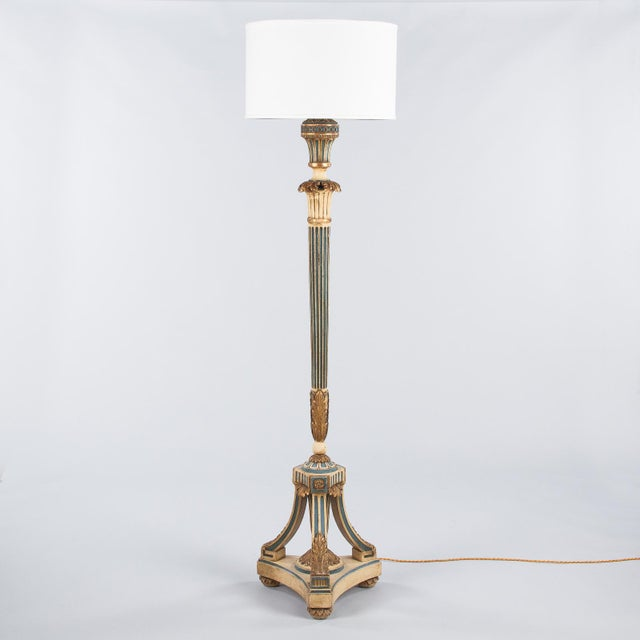 1940s Louis XVI Style Painted Wooden Floor Lamp For Sale - Image 12 of 13