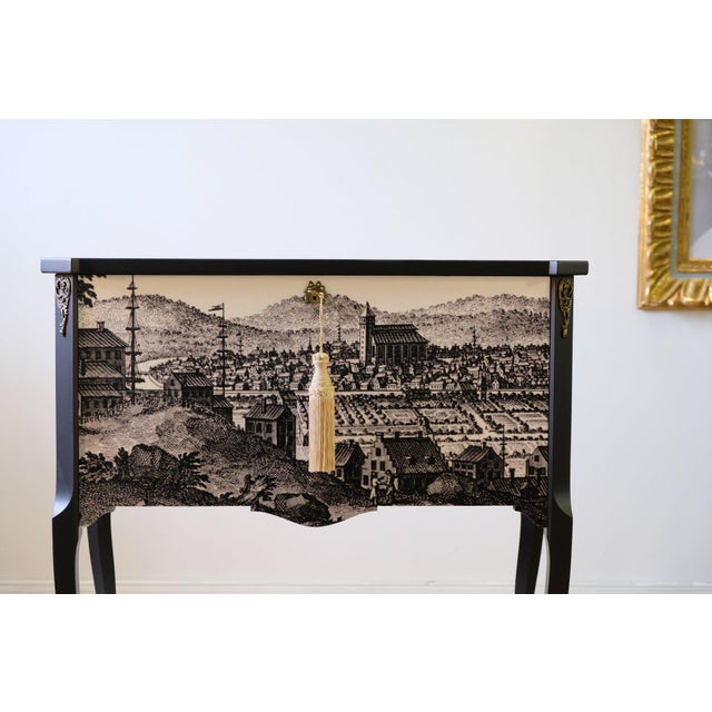 French Gustavian Commode With 17th Century Print (DaVinci Collection) For Sale - Image 3 of 6
