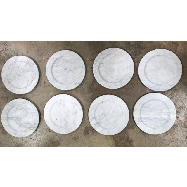 Set of 8 Carrara Marble Dinner Plates or Plate, Italy For Sale In Los Angeles - Image 6 of 8