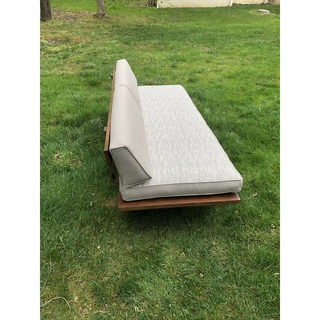 Mid Century Modern Daybed Sofa For Sale - Image 4 of 10