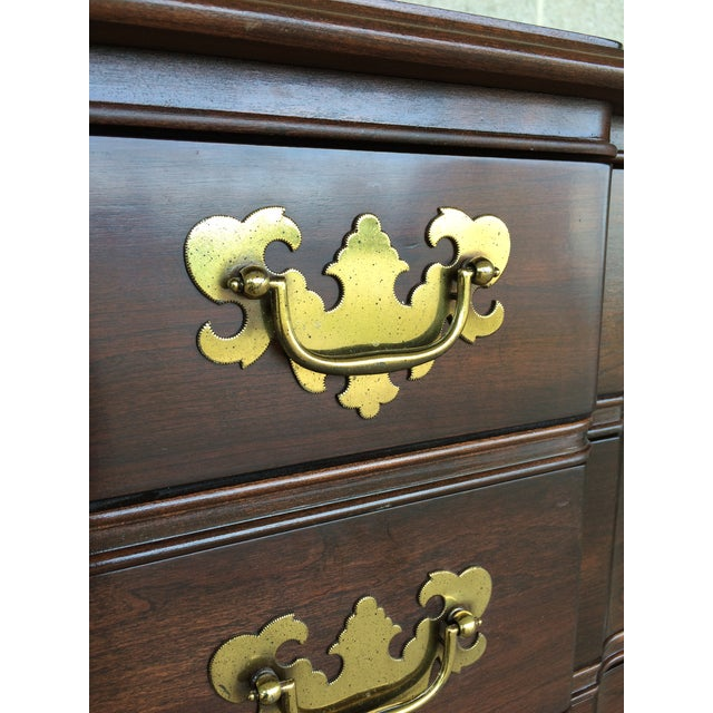 Ethan Allen Georgian Court Block Front Chest of Drawers For Sale - Image 5 of 11