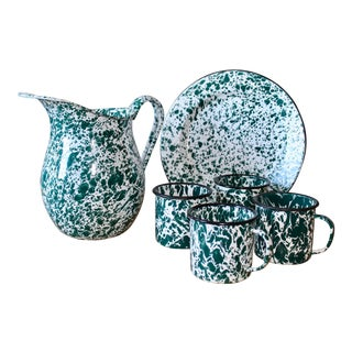1970s Cottage Green Splatterware Enamel Serving Set - 6 Pieces For Sale