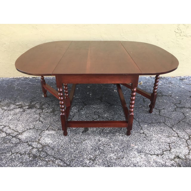 American Sheraton Cherry Acanthus Carved Drop-Leaf Table, Circa 1820 For Sale In Miami - Image 6 of 12