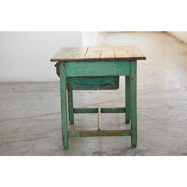 19th Century Primitive Painted Dough Farm Table with Large Drawer For Sale - Image 4 of 9