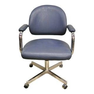 Vintage Chromcraft Mid Century Modern Blue Vinyl Rolling Office Desk Chair (A) For Sale