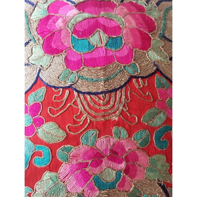 Anglo-Indian Silk Embroidered Tapestry Cushions With Ikat Backs For Sale - Image 9 of 13