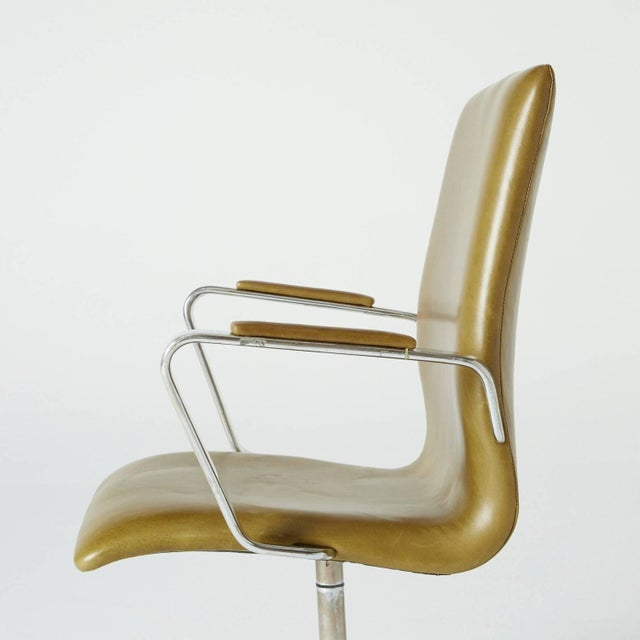 Arne Jacobsen Leather Oxford Chair - Image 8 of 11