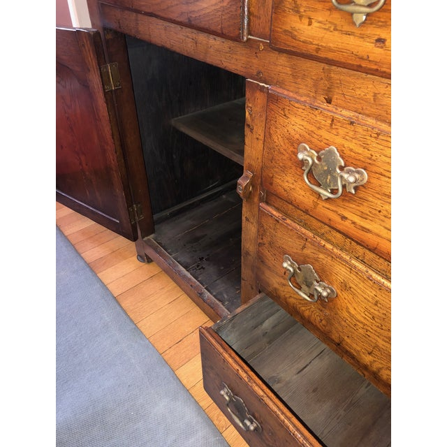 Gold 1860s Traditional Welsh China Cabinet For Sale - Image 8 of 13