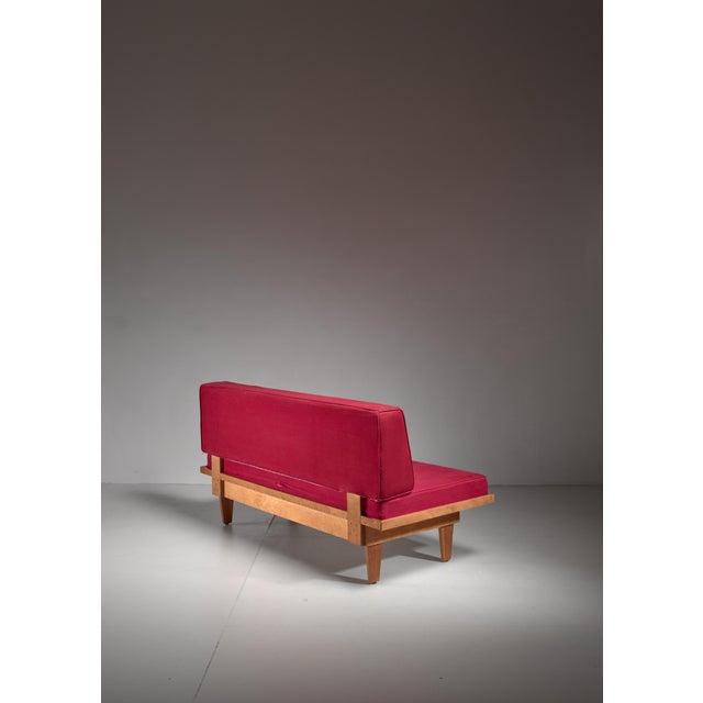 Plywood Studio sofa and Ottoman, USA, 1940s For Sale - Image 4 of 4