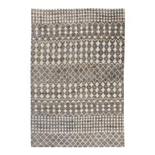 "Stark Studio Rugs Kiri Rug in Grey/White, 8'0"" x 10'0"" For Sale"