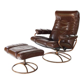 1970s Mid-Century Modern Ekornes Stressless Recliner Chair with Ottoman - 2 Pieces