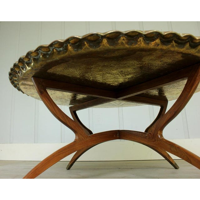Vintage Hollywood Regency Spider Style Brass Folding Tray Coffee Table For Sale - Image 4 of 8
