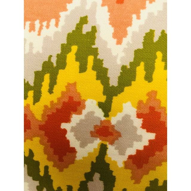 Traditional Mid Century Brunschwig and Fils Cotton Print Pillows - a Pair For Sale - Image 3 of 10
