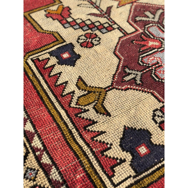 Red 1950s Vintage Turkish Rug - 4′6″ × 9′ For Sale - Image 8 of 13