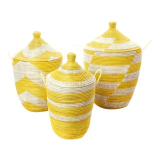 Handmade Typha Lemon Drop Nesting Baskets - Set of 3 For Sale